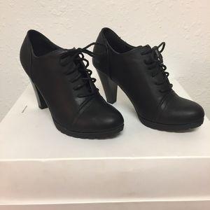 White Mountain Block Heel Booties, Authentic